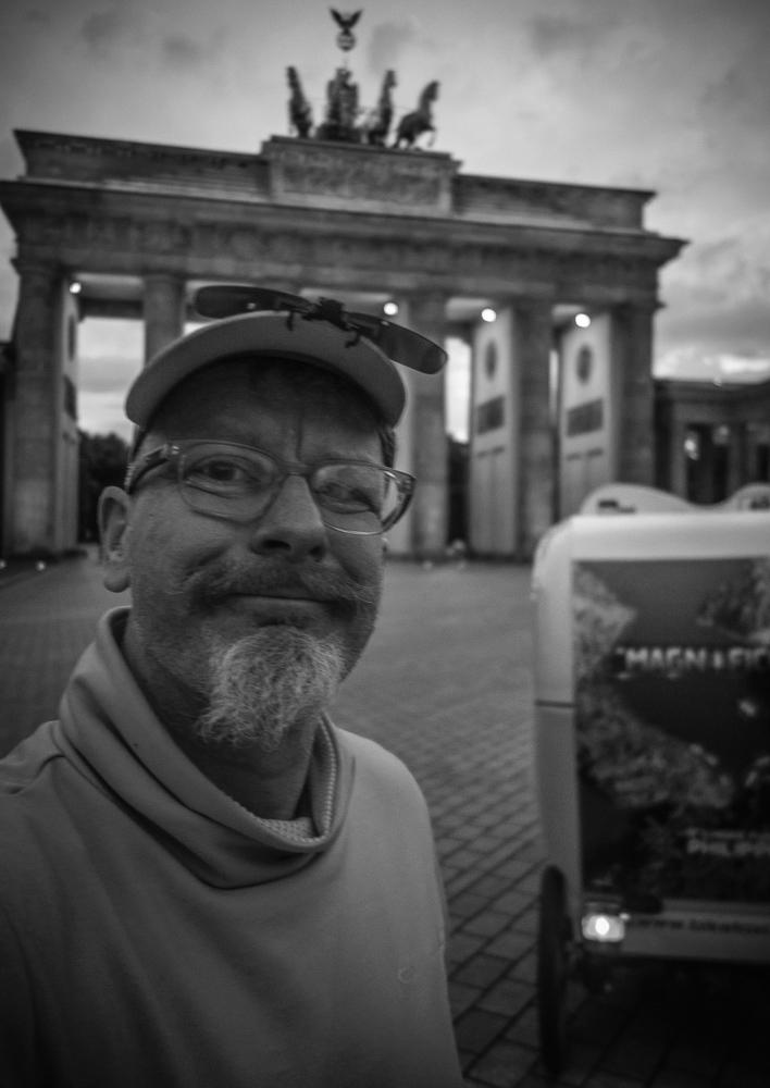Rikschafahrer, Fahrzeur am Brandenburger Tor